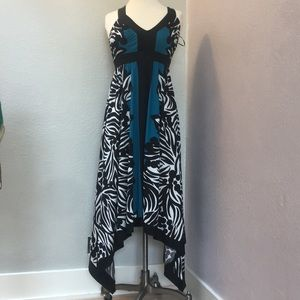 EUC B/W w Turquoise Silky Dress